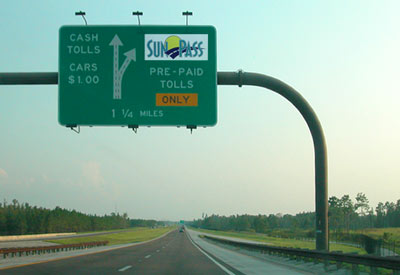 Sun Pass toll road sign in Florida